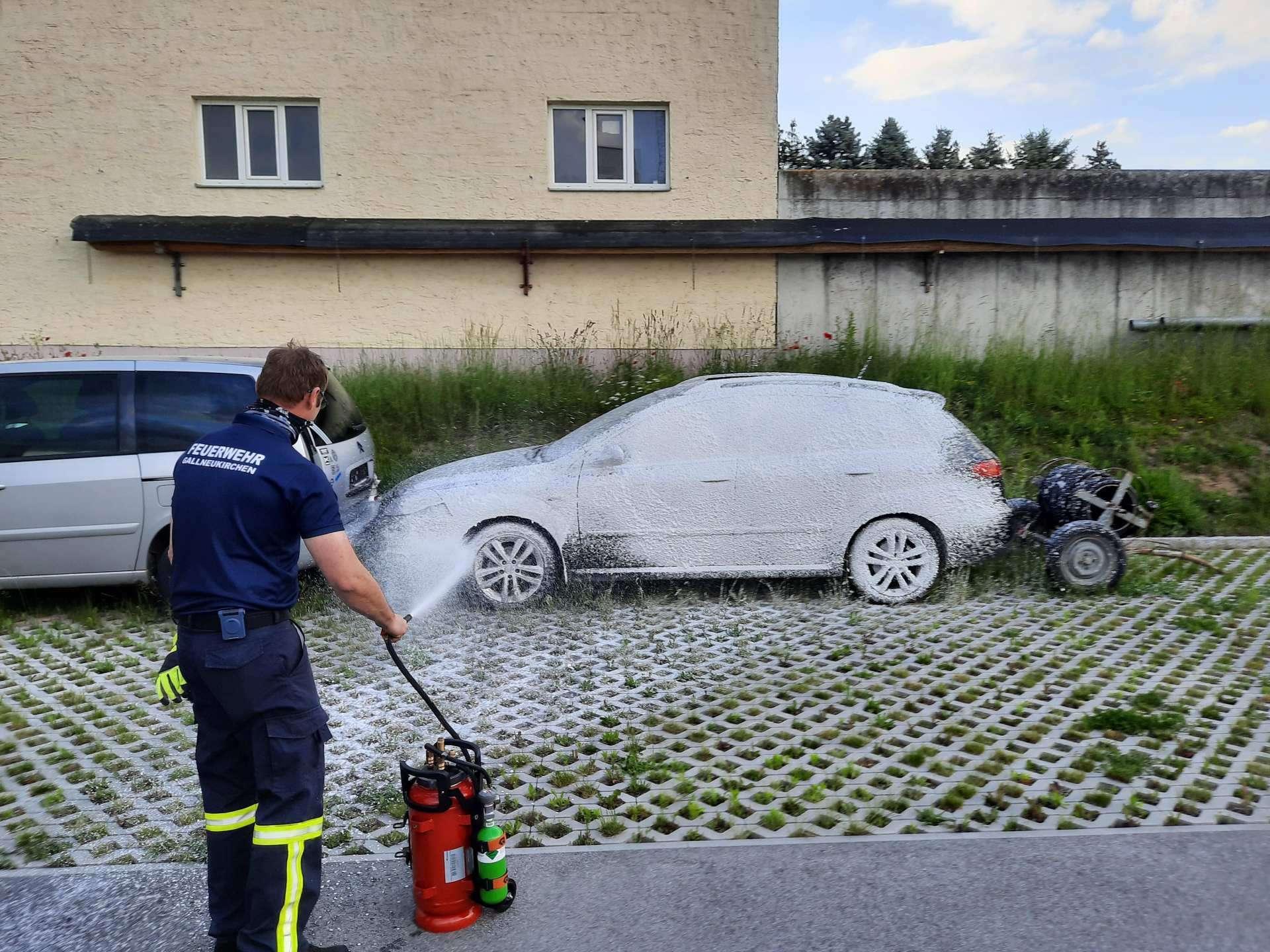 Übung in Kleingruppen: Feuerwehr beübt neues Einsatzgerät