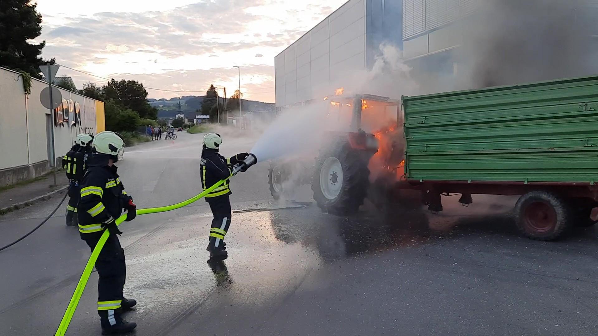 Traktorbrand in Gallneukirchen