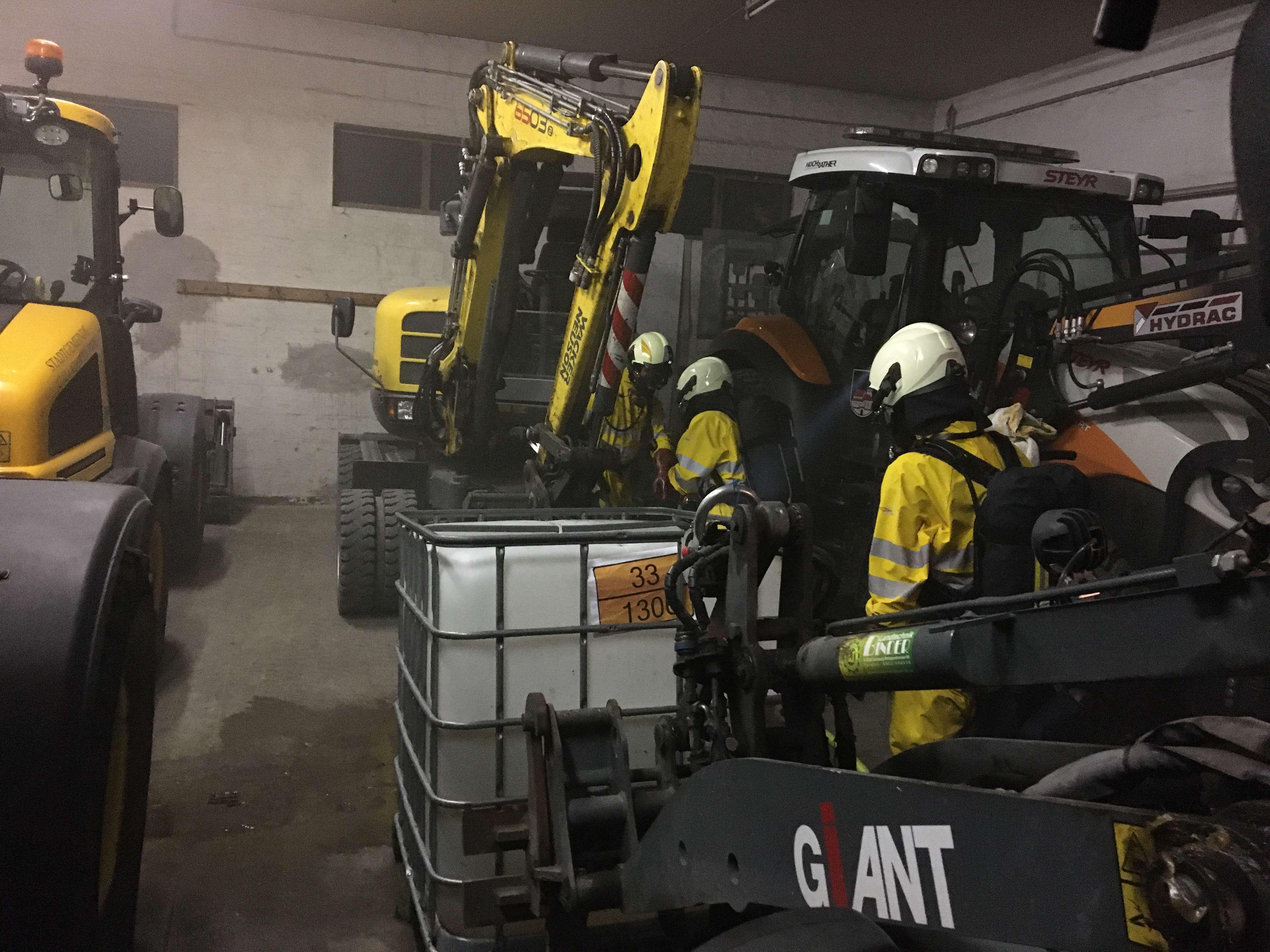 Übung - Werkstättenbrand mit Gefahrgutaustritt